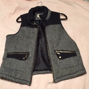 Mossimo / Black and Gray Puffer Vest